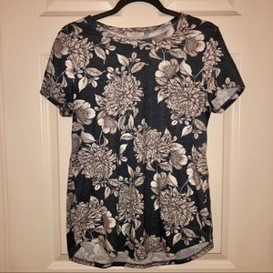 12 PM by Mon Ami short sleeve blue gray floral top